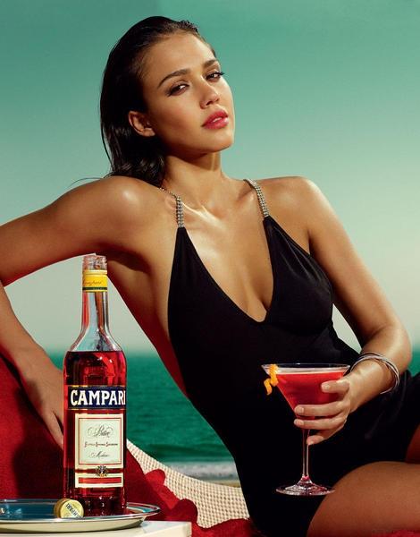 Jessica-Alba-Campari4